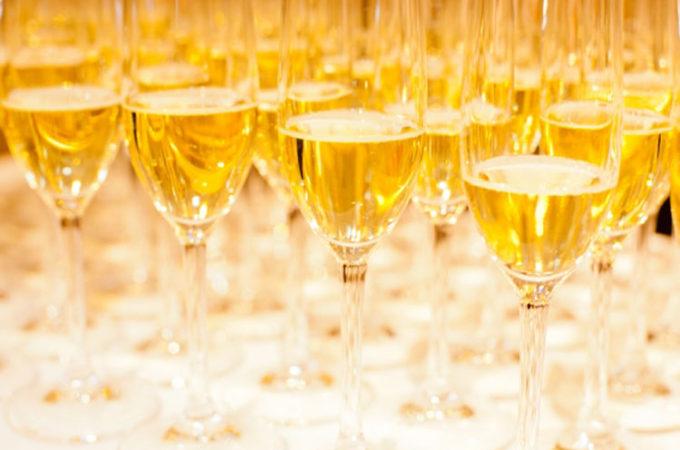 イタリアで消費される年明けのスパークリングワインの数
