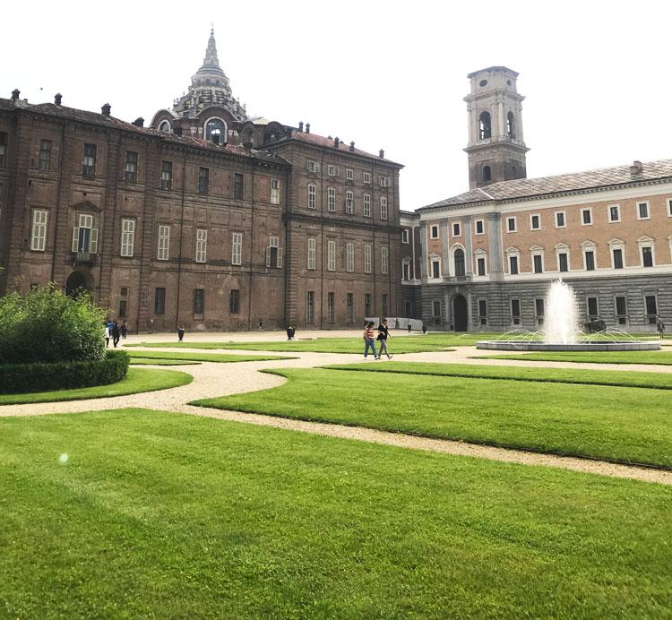 トリノ王宮の庭
