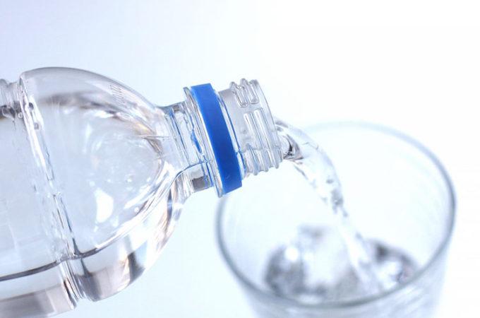 体にいい飲み物は、やっぱり水