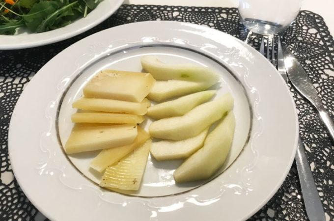 ペコリーノチーズと洋ナシの黄金コンビ