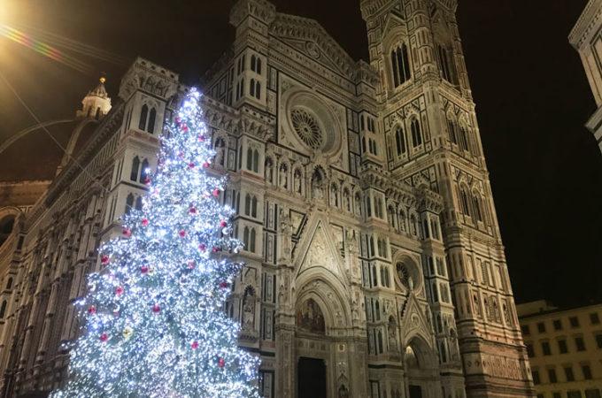 フィレンツェのクリスマスツリー点灯