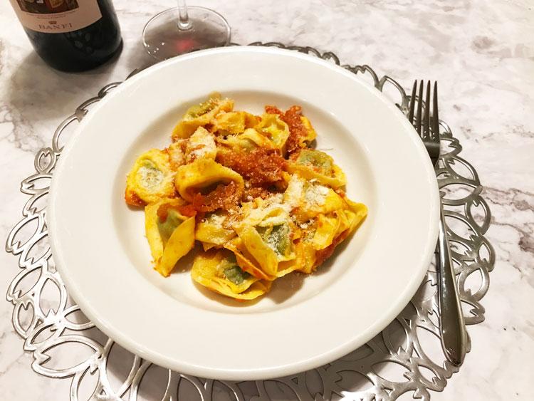 トマトソースのトルテッリーニ